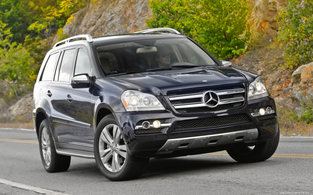 Mercedes-Benz-GL450-US-spec-2010-1920x1200-003