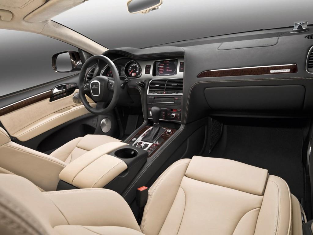 2011-Audi-Q7-SUV-3.0T-Premium-4dr-All-wheel-Drive-Sport-Utility-Interior-1_png